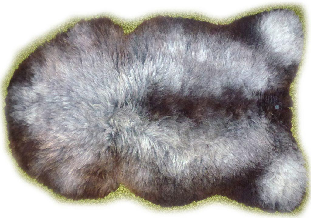Schaffell graubraun meliert