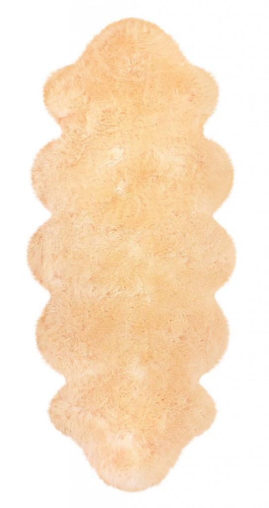 Lammfell aus zwei beige Lammfellen