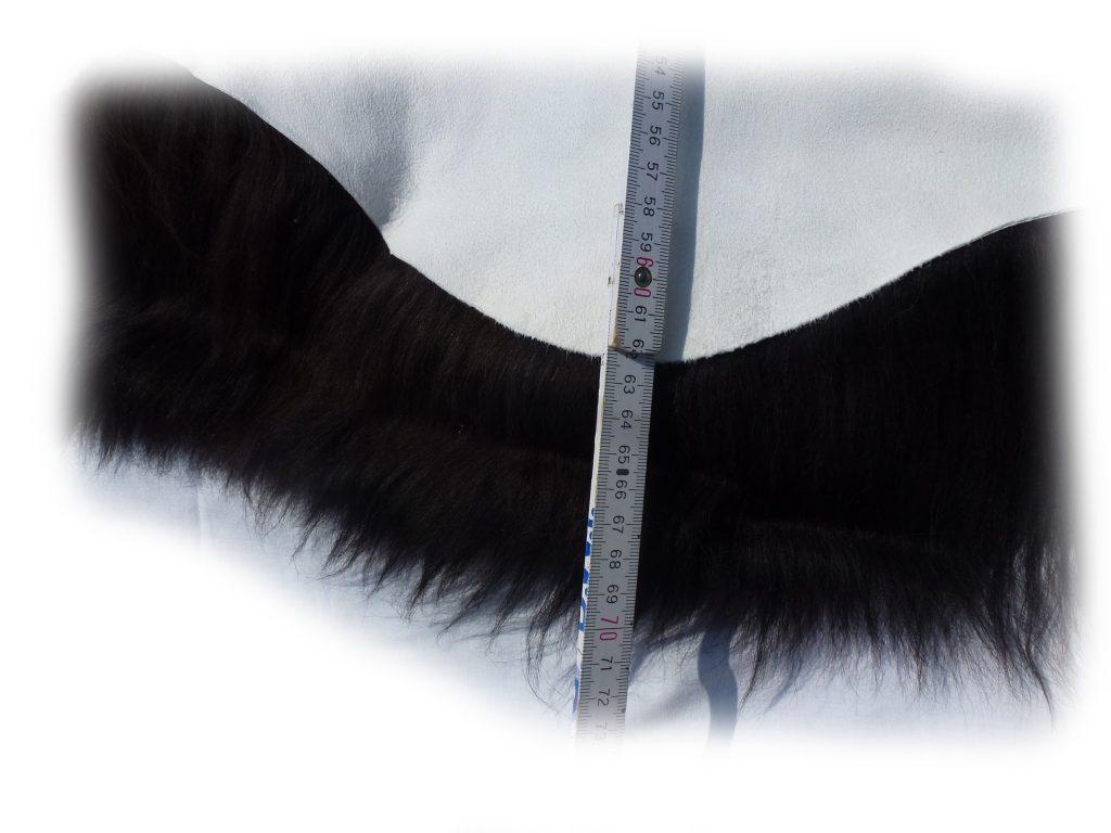 190502 Islandschaffell Schwarz mit geflammten Spitzen Größe