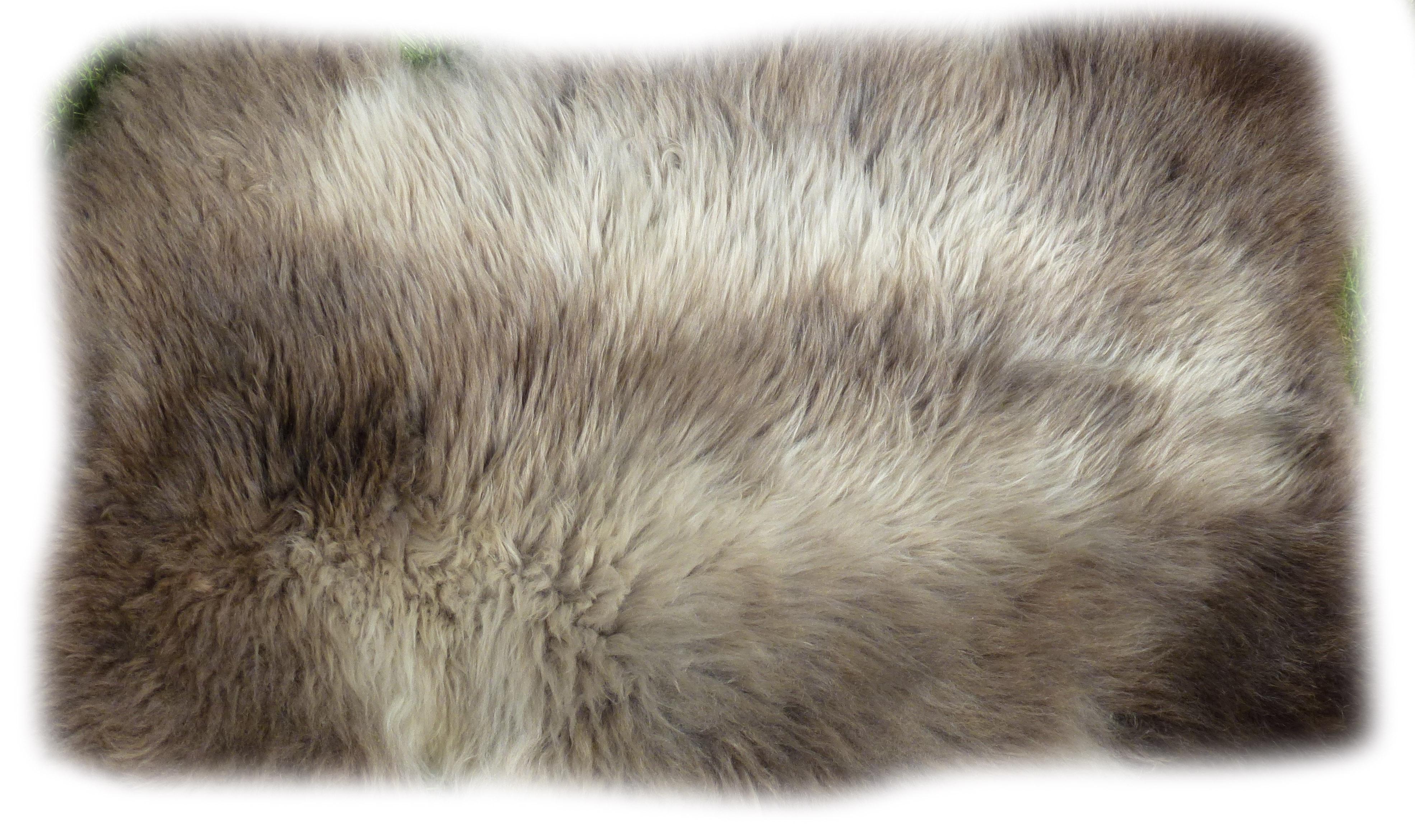 8-4 Schaffell waschbar Brauntöne Detailansicht